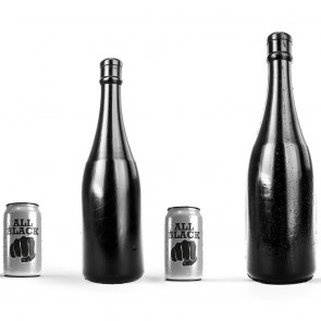 Dildos gigantes con forma de botella
